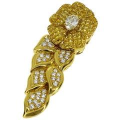 Jewel Studio Flower Motif Pendant Top Diamond Sapphire 18 Karat Yellow Gold