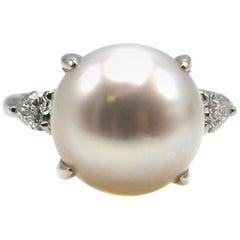 Exquisite South Sea Pearl Diamond Platinum Ring