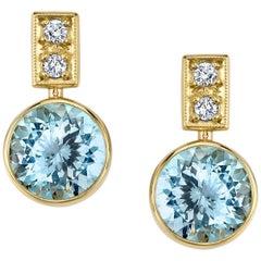 Round Aquamarine and Round White Diamonds 18 Karat Yellow Gold Earrings