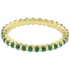 18 Karat Yellow Gold Emerald Garavelli Band Ring