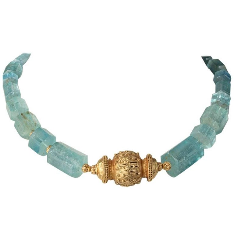 Beveled Aquamarine and 22 Karat Gold Necklace