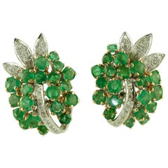 Carat 8.10 Emeralds, Diamonds, Rose and White Gold Clip-On Earrings