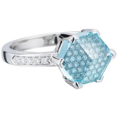 18 Karat White Gold Blue Topaz 2.49 Carat and Diamond Brillante Valentina Ring