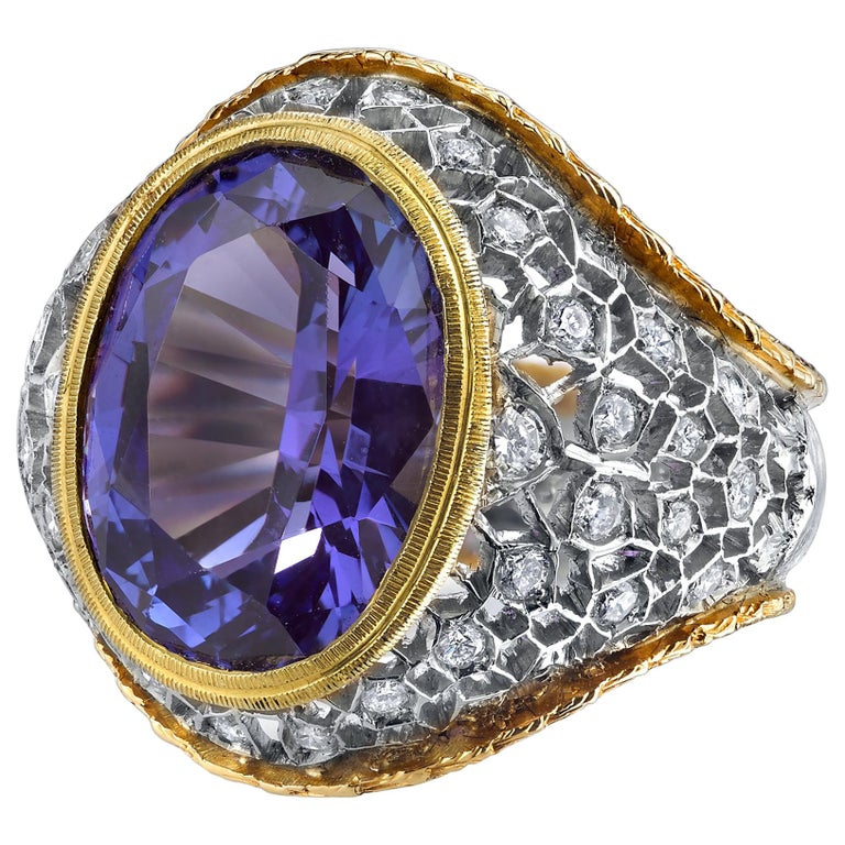 8.25 ct. Tanzanite Oval, Diamond 18k White, Yellow Gold Florentine Cocktail Ring For Sale