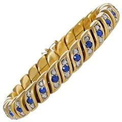 English Antique Diamond Sapphire and Blooomed Gold Link Bracelet