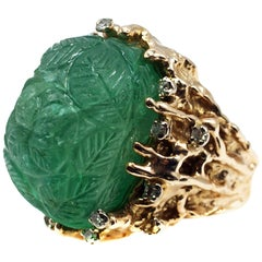 Impressive Carved Cabochon Emerald Diamond Gold 1970s Ring