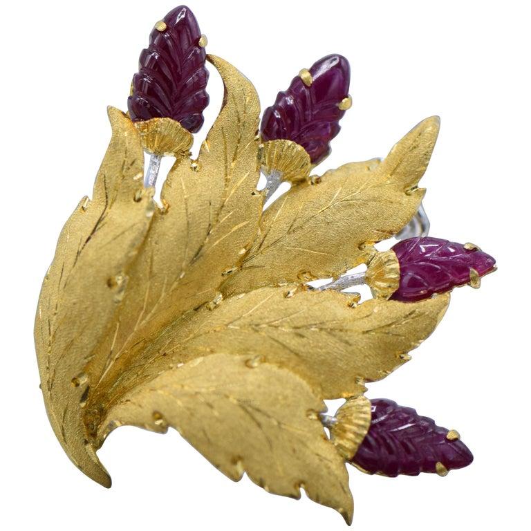 Bucellati, Carved Ruby and 18 Karat Gold Leaf Brooch