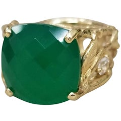 14 Karat Yellow Gold Green Onyx and White Sapphire Bark Ring
