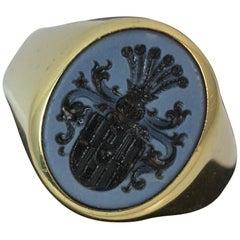 Impressive Family Crest Agate Intaglio Seal 14 Carat Gold Signet Ring