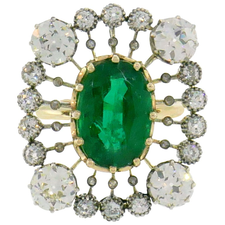 Victorian Emerald Diamond Gold Ring, 1900s For Sale
