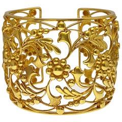 22 Karat/18 Karat Wide 18th Century Cuff Bracelet