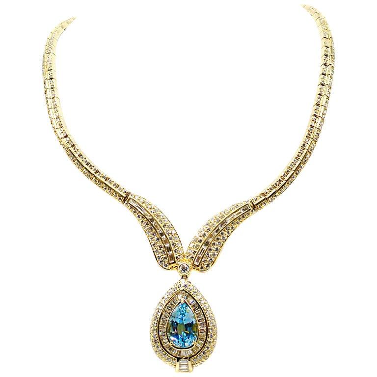 Stunning Aquamarine Diamond Gold Necklace