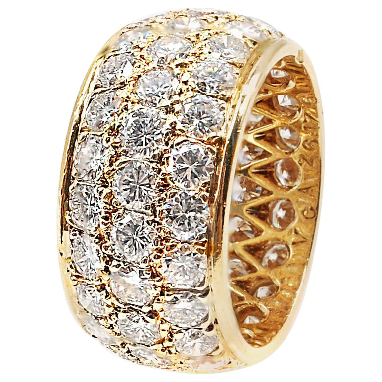 Van Cleef & Arpels Paris Diamond Yellow Gold Eternity Band For Sale