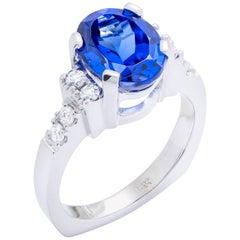 White Gold Ring with 3.97 Carat Tanzanite and Diamonds