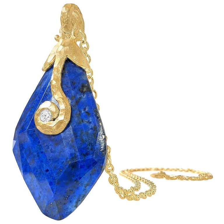 Pamela Froman Faceted Lapis Diamond Hammered Gold Pendant Drop Necklace For Sale