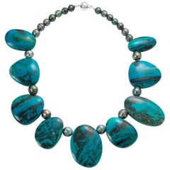 Tahitian Black Pearl and Chrysophrase Necklace