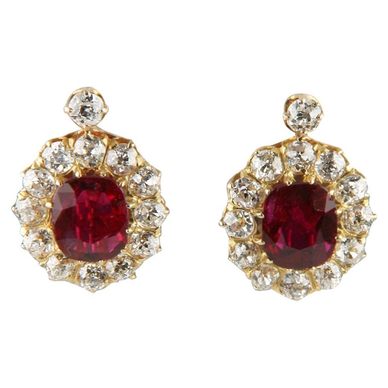 4 12 Carat Unaltered Natural Ruby Yellow Gold Lever Back Diamond Earrings For
