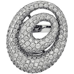Estate 18 Karat White Gold Diamond Ring