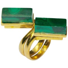18 Karat Gold Ladies Ring with Two Malachite