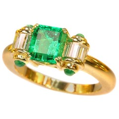 Natural 1.80 Carat Colombian Emerald and Diamond 18 Karat Yellow Gold Ring