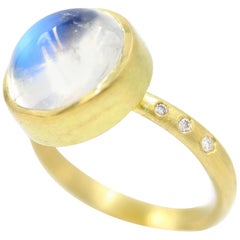Robin Waynee 18 Karat Gold, Moonstone, VS1 Diamond Ring