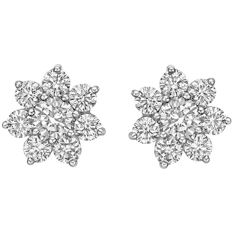 Small Diamond Star Cluster Earstuds, 2.25 Carat For Sale