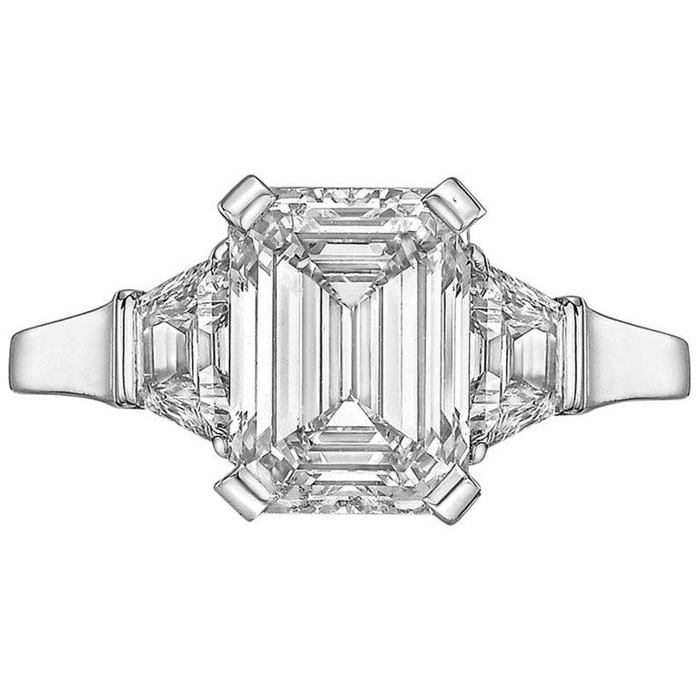Betteridge 3.01 Carat Emerald-Cut Diamond Engagement Ring For Sale