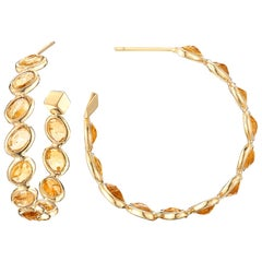 18 Karat Yellow Gold Orange Sapphire 14.76 Carat Ombre Hoop Earrings, Medium