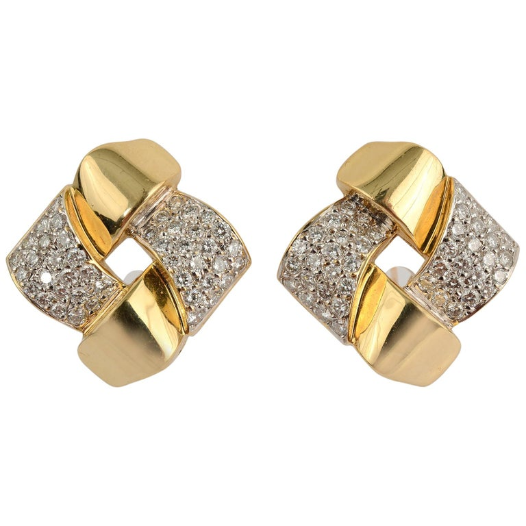 Gold and Diamond Lattice Pattern Earrings