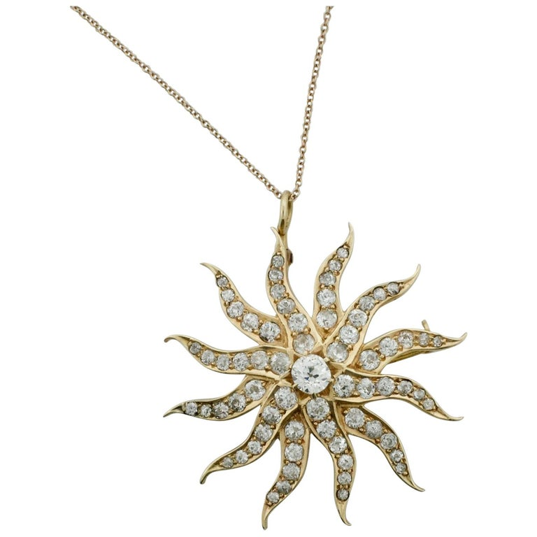 Necklace and Brooch in Yellow Gold 4.20 Carat Total Weight, circa 1910