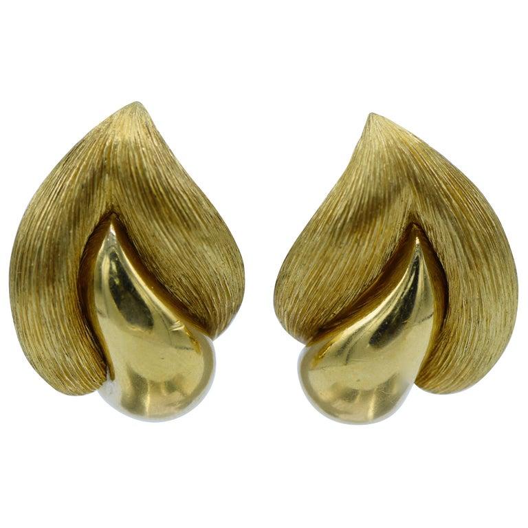 Henry Dunay 18 Karat Gold Earrings For Sale