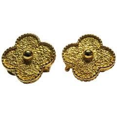 Classic Van Cleef & Arpels Alhambra 18 Karat Earrings in Original Box
