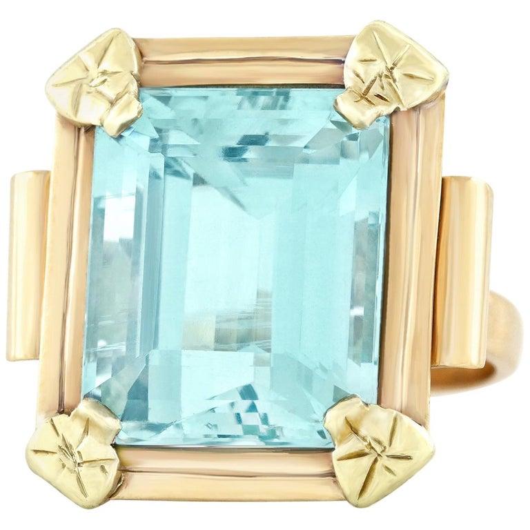 Art Deco 20.50 Carat Aquamarine Set Gold Ring