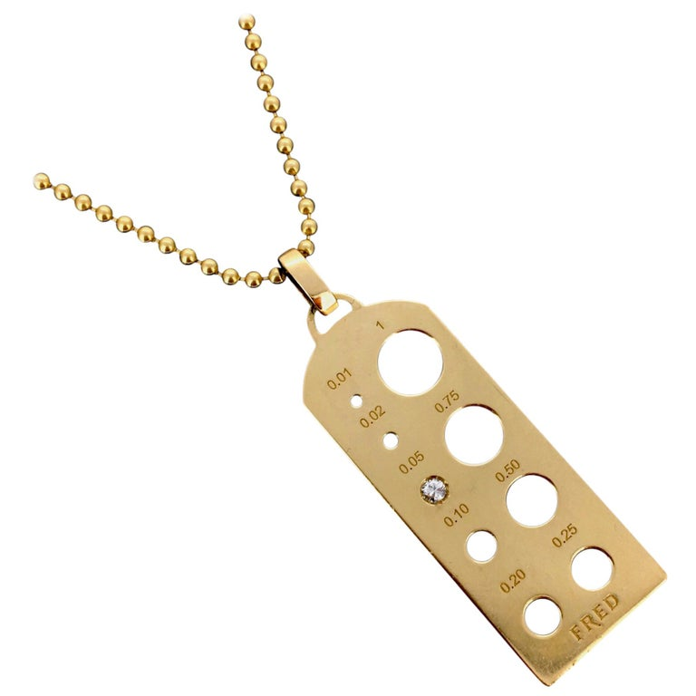 Tag Collection Fred Graduation Diamond Plaque Yellow Gold Pendant