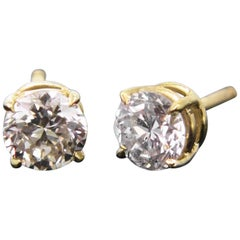 Round Cut Diamond Yellow Gold Studs Earrings