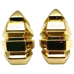 18 Karat Yellow Gold Geometric Clip-On Earrings