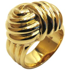18 Karat Yellow Gold Ring Knot
