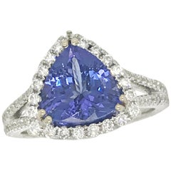 2.76 Carat Tanzanite and Diamond Ring Set in 18 Karat White Gold