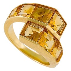 Retro Citrine and Gold Crossover Ring