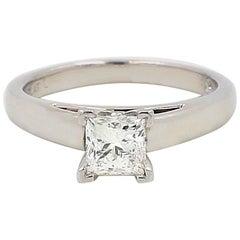 Leo Diamond Engagement Ring Princess Cut 0.75 Carat I SI1 White Gold