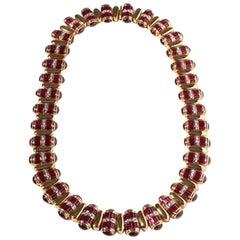 Ruby Baguette Diamonds 18 Karat Yellow Gold Necklace