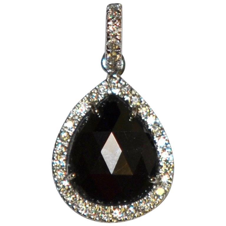 Colored Diamond and White Diamonds on White Gold 18 Karat Pendant