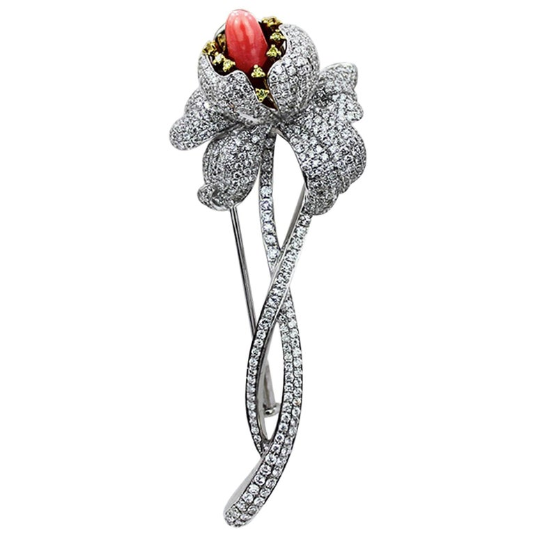18K White Gold Natural Conch Pearls and Diamonds Flower Brooch