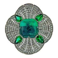 9.16 Carat Certified Sugarloaf Emerald and Diamonds 18 Karat White Gold Ring