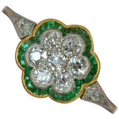 Edwardian Old Cut Diamond and Emerald 18 Carat Gold Daisy Cluster Ring
