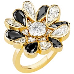 CADAR Unconditional Love Ring, 18K Yellow Gold and Black & White Diamonds