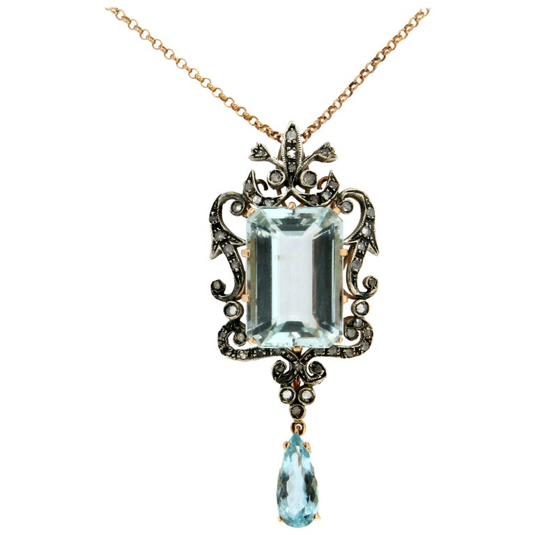 Aquamarine 14 Carat Yellow and White Gold Diamonds Pendant Necklace