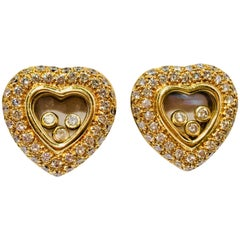 Floating Diamond Heart Shaped 18 Karat Yellow Gold Earrings