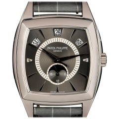 Patek Philippe Platinum Gondolo Annual Calendar Automatic Wristwatch Ref 5135P