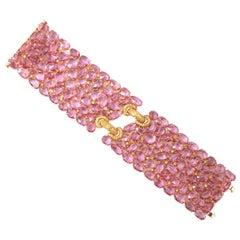 Pink Sapphire Bracelet in 18 Karat Yellow Gold